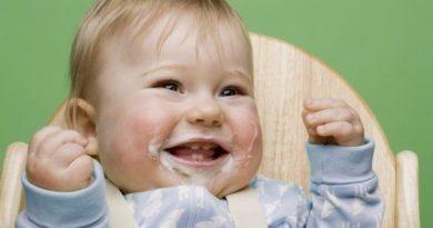 Срыгивание и руминация новорожденного