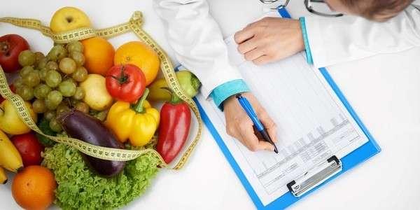 В медицинских вузах предлагается ввести обязательный курс диетологии