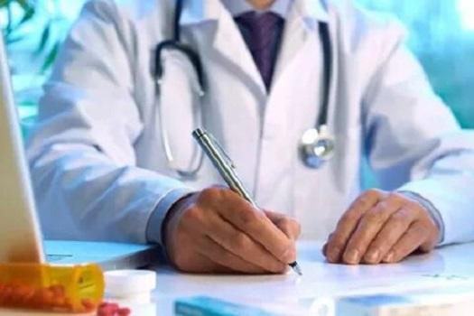 Зарплату медикам собираются резко увеличить к началу октября.